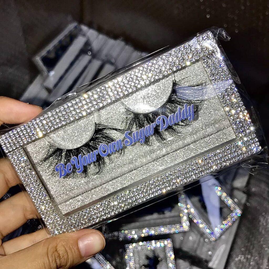 luxury eyelash packaging